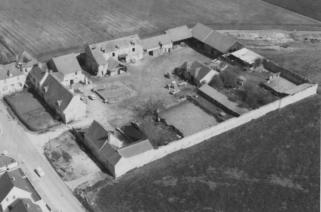 Vue de la ferme de Liancourt en 1970